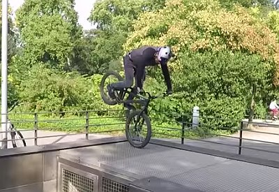 Danny MacAskill trial biking Düsseldorf