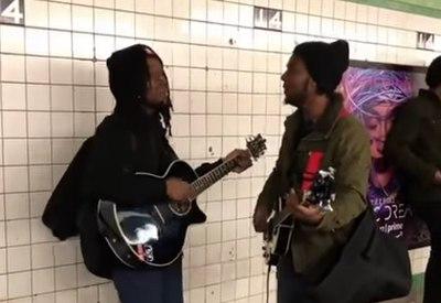 Tolles Beatles-Cover in der U-Bahn