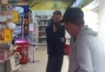 Internetklassiker: Völlig besoffen im Supermarkt