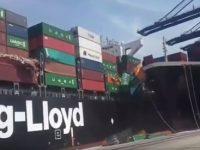 Containerschiffe kollidieren im Hafen von Karachi