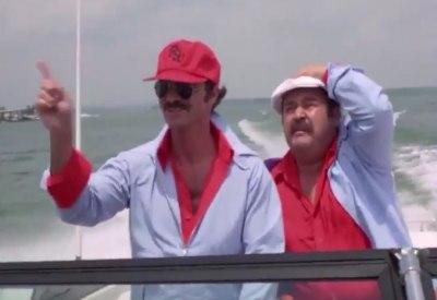Burt Reynolds kaut Kaugummi - immer.