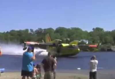 Wie tanken eigentlich Löschflugzeuge?