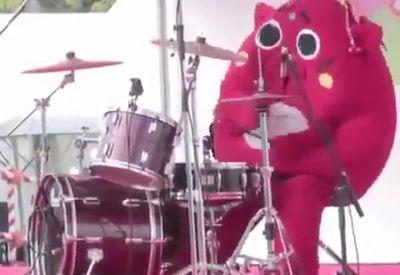 Wahnsinn aus Asien: Eskalation am Schlagzeug