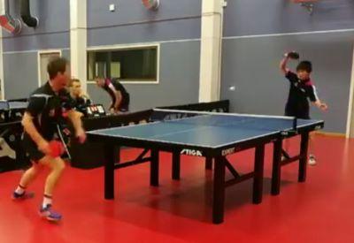 Sehenswerter Punktgewinn beim Tischtennis