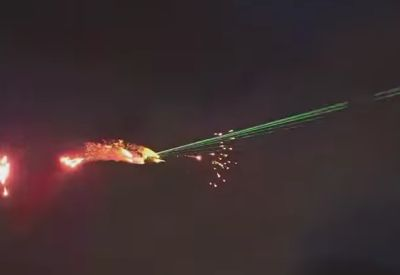 Plane Shooting Lasers - Avalon Airshow 2019