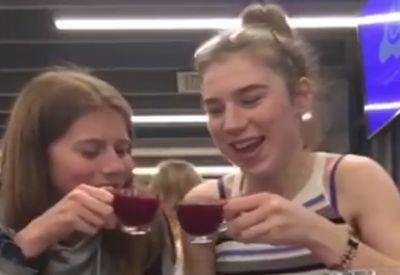 Einfach mal mit der Freundin was trinken