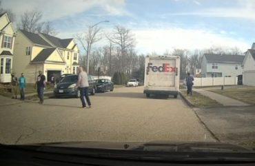 FedEx-Fahrer liebt seinen Job!