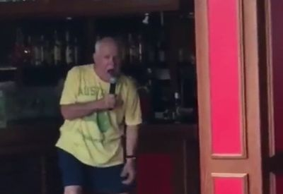 Kurz mal beim Karaoke eskalieren