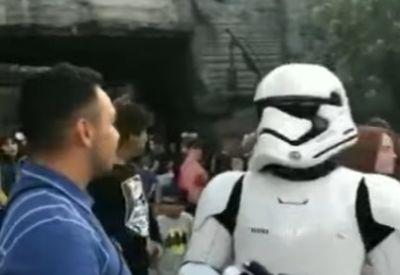 Hart gedisst von einem Stormtrooper