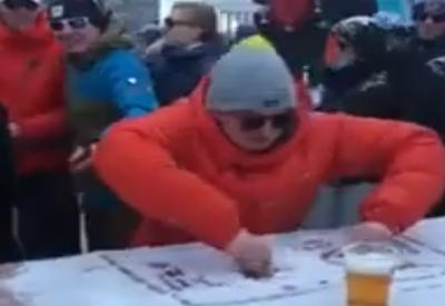 Snow DJ