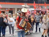 Anders Flanderz - der Endgegener der Straßenmusiker